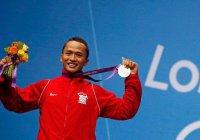 Подготовка к Олимпиаде не мешает индонезийским тяжелоатлетам поститься