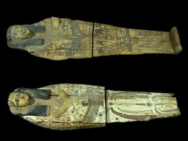 Возвращенные Израилем крышки от саркофагов.