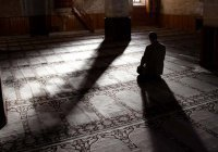 Муфтий Татарстана совершает обряд итикаф