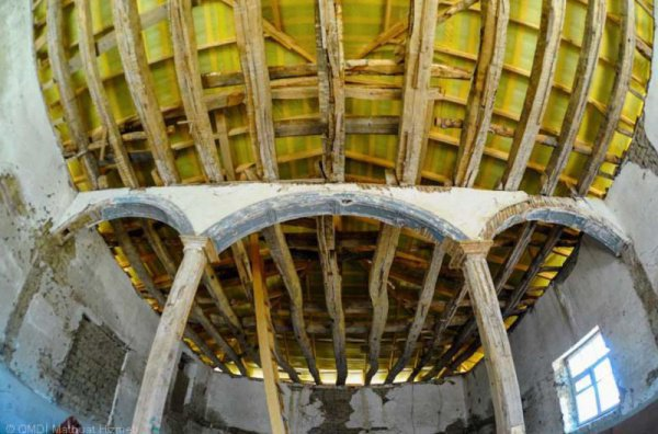 Потолок мечети.