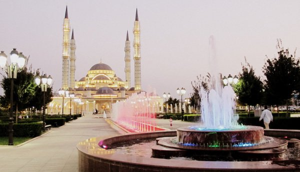 Руководитель Ингушетии подписал Указ опраздновании мусульманского праздника Идаль-Фитр (Мархаш)