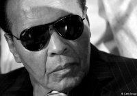 СМИ: Мохаммед Али никогда официально не менял имени