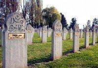 Можно ли совершать намаз на кладбище?