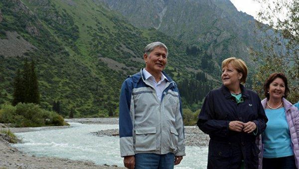 Алмазбек Атамбаев и Ангела Меркель.