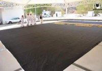В Мекке пошили новое покрывало для Каабы