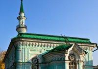 Депутат Ильдар Гильмутдинов посетил Азимовскую мечеть