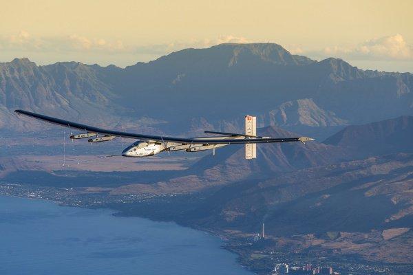 Solar Impulse 2 был представлен миру в апреле 2014 года