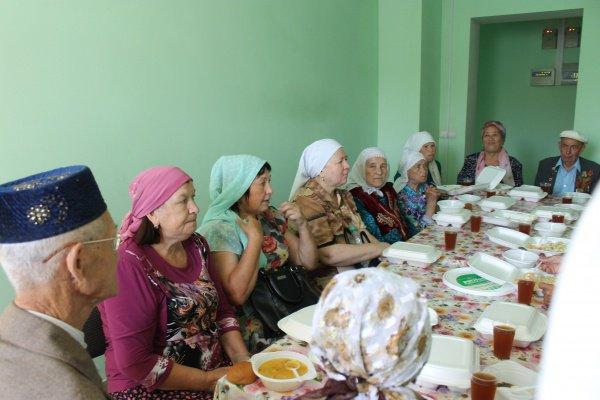 Благотворительный фонд «Закят» запустил акцию по раздаче обедов нуждающимся