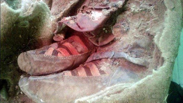 В Алтае нашли мумию, чья обувь напоминает кроссовки