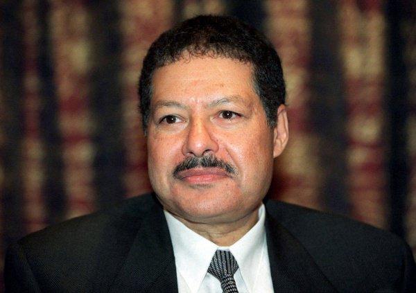 Ахмед Зевейл.