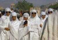 Женщинам младше 45 лет запретили совершать хадж в одиночку