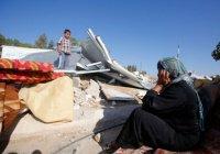 СМИ показали, как израильские войска сносят дома палестинцев (Фото)
