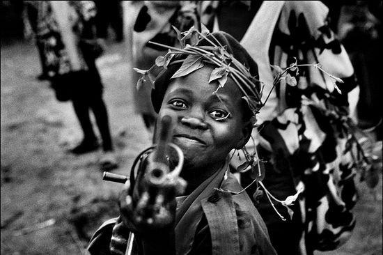 """Дети в террористической группировке """"Боко Харам""""."""