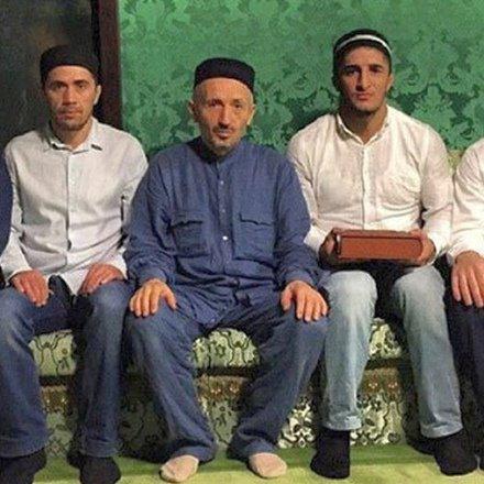 Абдулрашид Садулаев на встрече с шейхом Ахмадом Хаджи Абдулаевым.