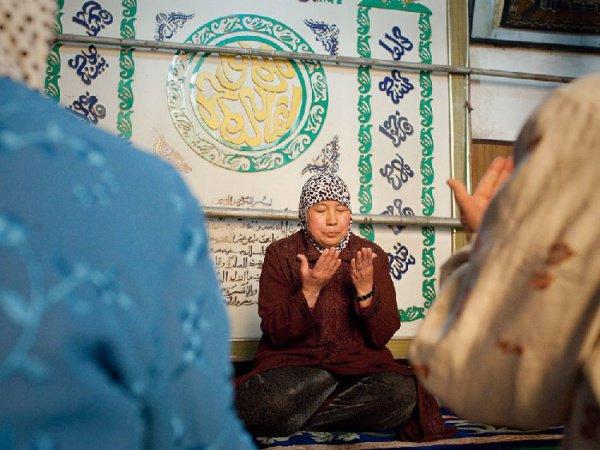 Женщины-имамы не противоречат исламу.