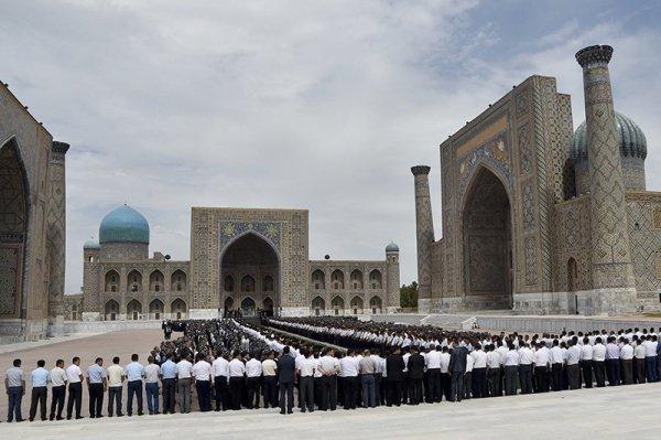 Прощание с Исламом Каримовым.