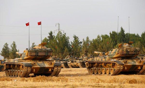 Турция и США проведут совместную операцию в Ракке.