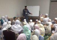 Муфтий РТ проводит в Саудовской Аравии уроки хаджа (Фото)