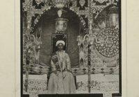 Трон, на котором арабские невесты дожидались своего жениха в первую браную ночь