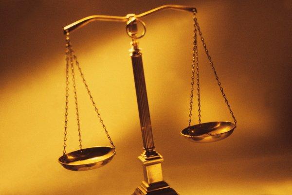 Верховный суд Индии подчеркивает, что решения шариатского суда необязательны к исполнению.