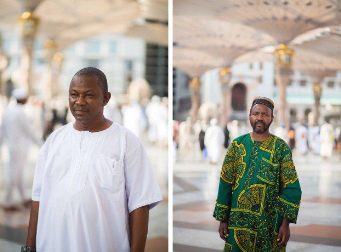Паломники из Сьерра-Леоне (слева) и Гвинеи (справа). В этом году паломники из этих стран впервые едут в Мекку после двухлетнего запрета, связанного с эпидемией вируса Эбола