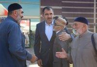 Юнус-Бек Евкуров лично встретил в аэропорту ингушских хаджиев