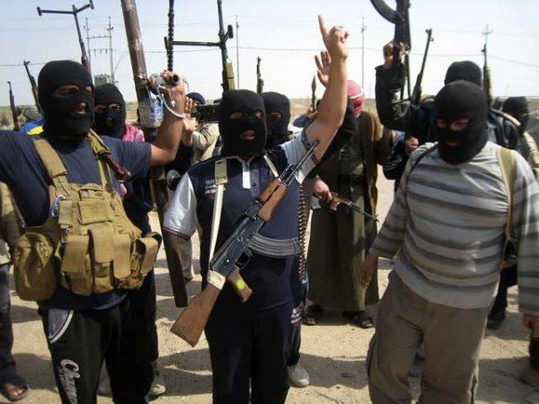 Заношение футбольной формы топ-клубов ИГИЛ обещает 80 ударов плетью