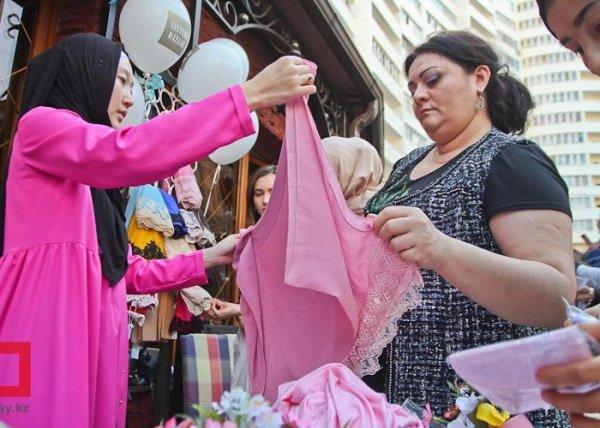 Фестиваль мусульманских нарядов прошел в Казахстане (Фото)