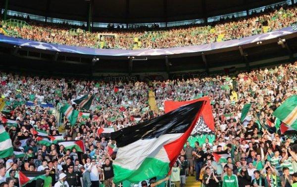 На матче шотландской и израильской команд.
