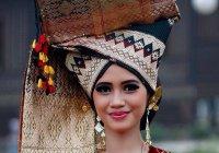 Мусульманская свадьба в регионе, где женщины главнее мужчин