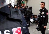 Почти 13 тысяч полицейских уволены в Турции