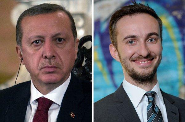 ВФРГ прекращено дело против сатирика, оскорбившего Эрдогана