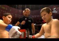 Сын Рамзана Кадырова стал международным чемпионом (Видео)