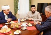 Муфтий РТ встретился с председателем ДУМ Санкт-Петербурга