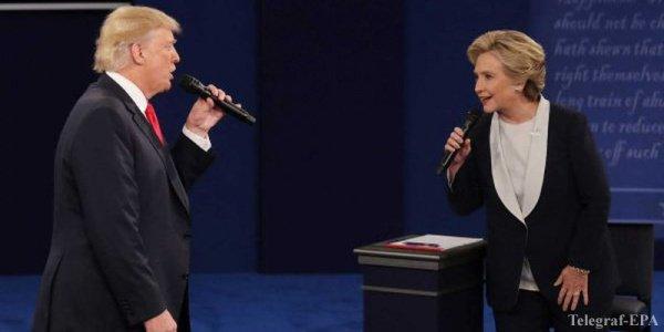 Дональд Трамп и Хиллари Клинтон на очередных теледебатах.