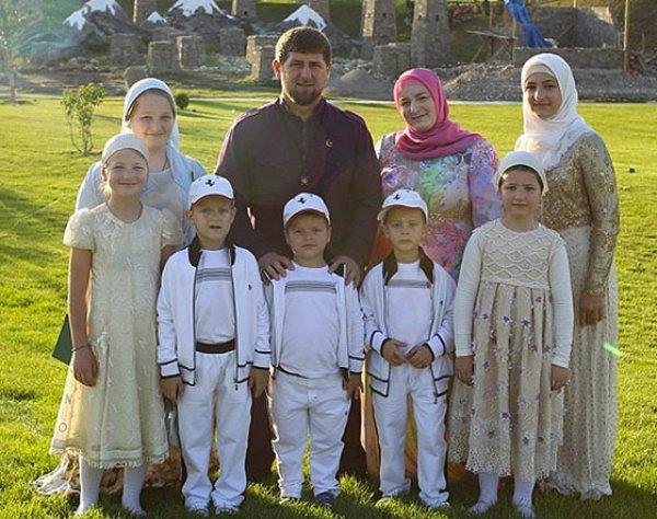 Детские бои вГрозном ненарушали законодательство РФ— Спикер парламента Чечни
