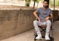 Сириец в инвалидной коляске проявил невероятную силу духа