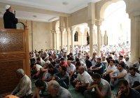 В Азербайджане иностранцам запретят проводить исламские обряды