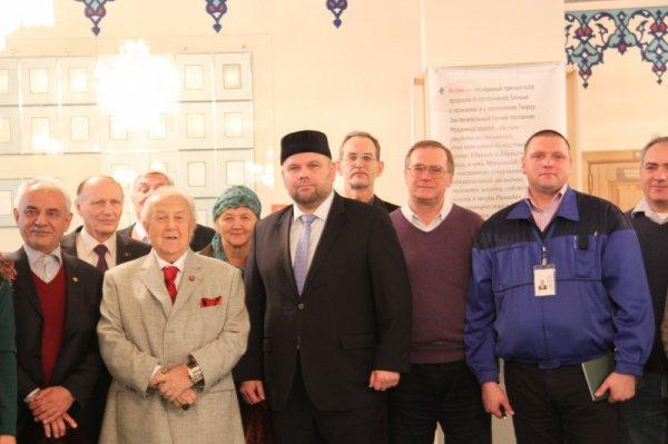 Зураб Церетели в Московской Соборной мечети.