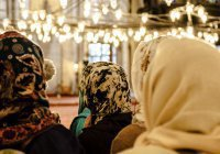 Можно ли женщинам приходить на пятничную молитву?