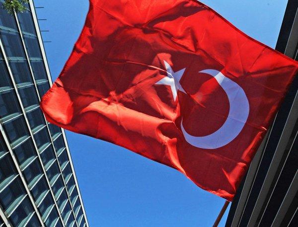 Турция перешла на мекканское время.