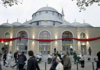 Школьников Германии обязали посещать мечети