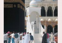 В Запретной мечети – новый минбар