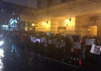 Сирийские студенты провели акцию в поддержку российских дипломатов