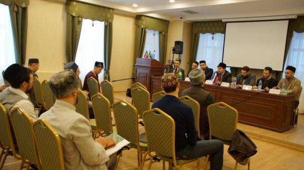 Скандально известный имам Закабанной мечети Казани оставляет собственный пост
