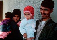 Афганка с обложки National Geographic отправляется на лечение в Индию