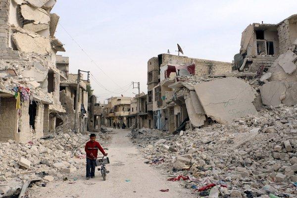 Больницы восточного Алеппо полностью разрушены.