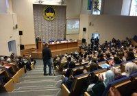 Муфтий РТ принимает участие в работе конференции в Сургуте