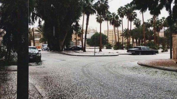 Саудовскую Аравию завалило снегом (+ ФОТО)
