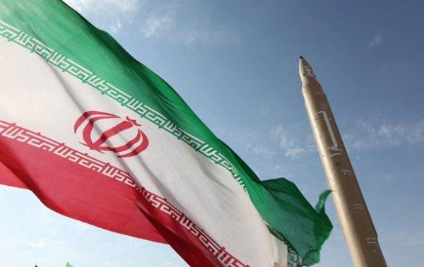 Сенат США проголосовал запродление санкций против Ирана на10 лет